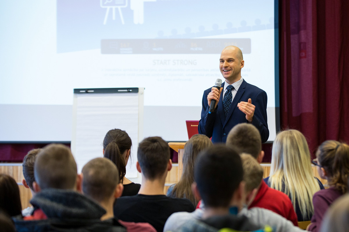 Career days in Dobele led by trainer Andris Arhomkins